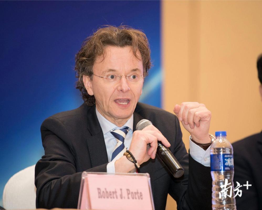 荷兰umc格罗宁根大学医学综合移植中心主任 robert。