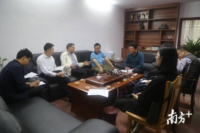 清远市民政局与民盟清远市委员会召开2018年对口协商工作座谈会。
