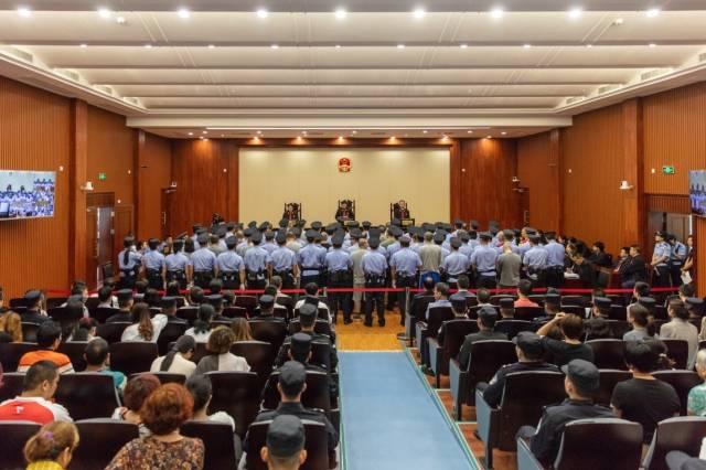 4月14日,湛江市中級人民法院依法公開對梁槐等人涉黑案作出終審宣判。供圖:通訊員 趙華