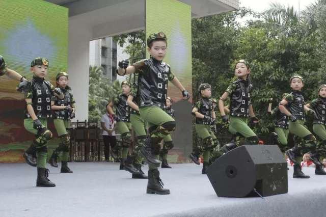 中国国家少年足球队_争做时代好队员 | 这场2000人的队会带你寻访革命年代的惠州英雄 ...