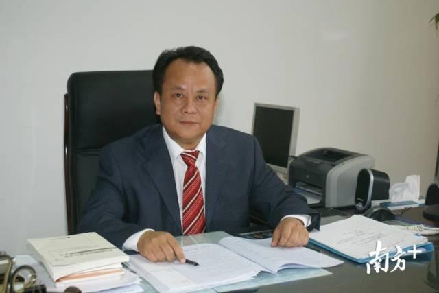 广东石油化工学院党委书记、校长张清华。