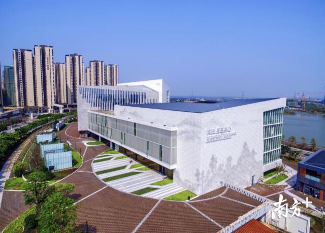 国内首个IBM车库物理空间落户在三水科技信息中心。三水区档案馆供图