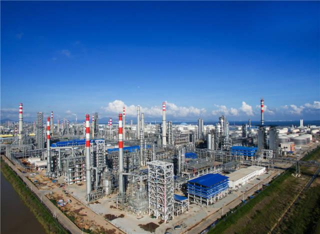 当前,后二超级倍投大亚湾石化区正在致力打造世界级绿色石化产业基地。南方日报记者 王昌辉 摄