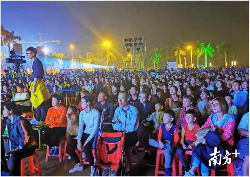 今年,九江镇举办第八届渔耕粤韵文化节活动,加强了社会各界的参与度。梁平 摄