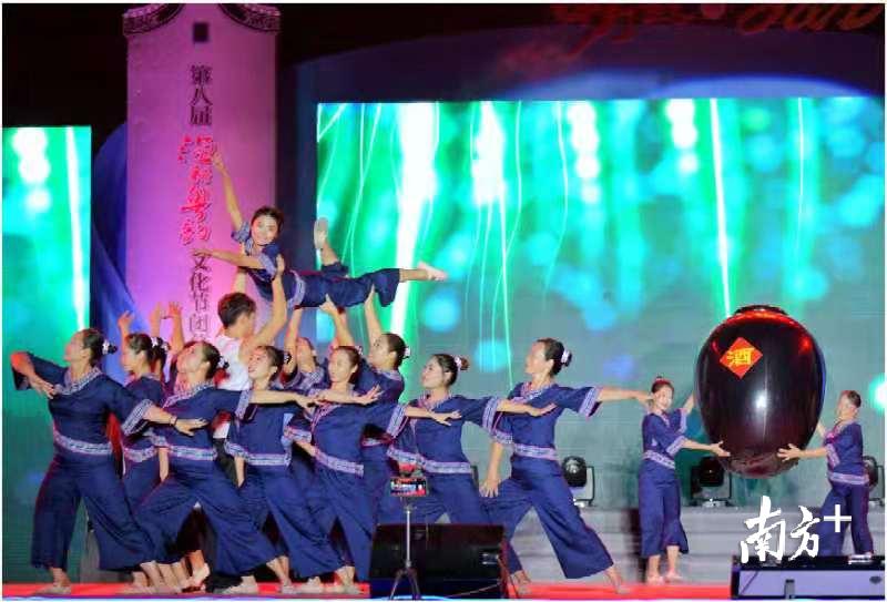 渔耕粤韵文化节已成为九江镇对内文化引领、文化惠民的重要载体,以及对外文化展示、文化交流的重要平台。梁平 摄