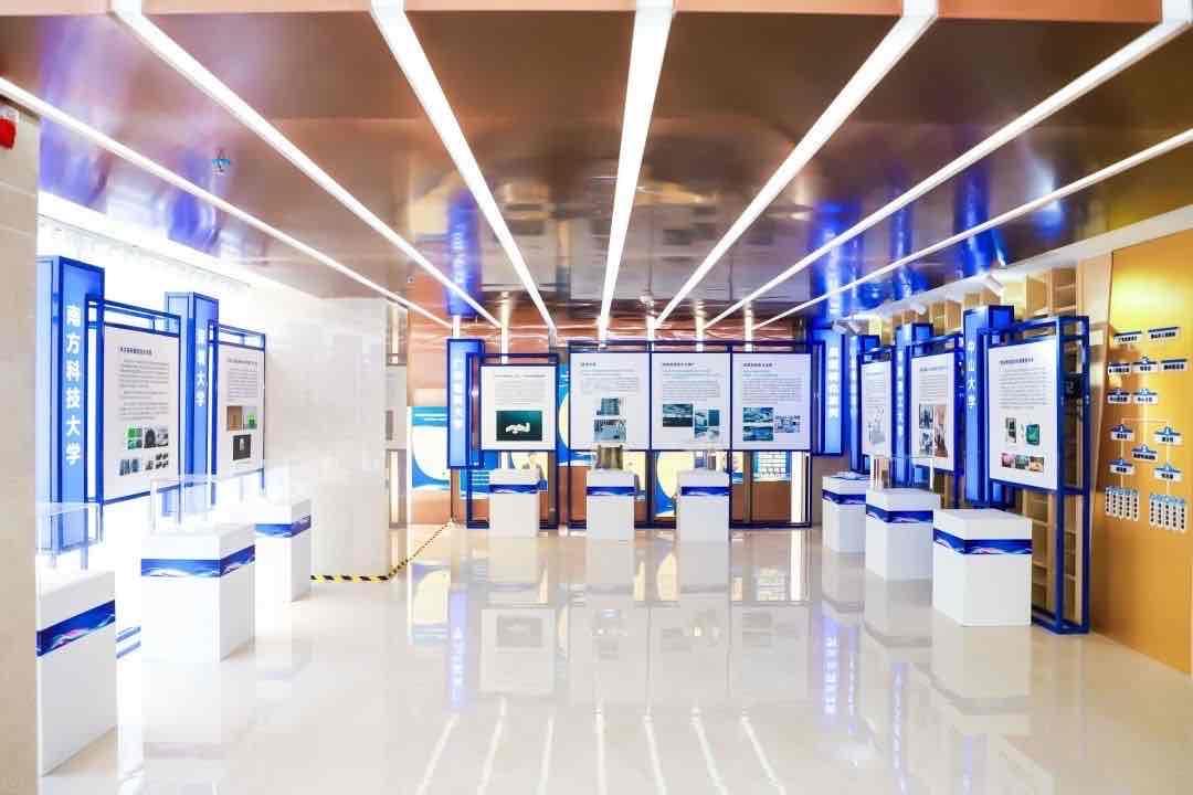 100项高质量高校成果在对接活动现场进行展示。广东高校科技成果转化中心供图