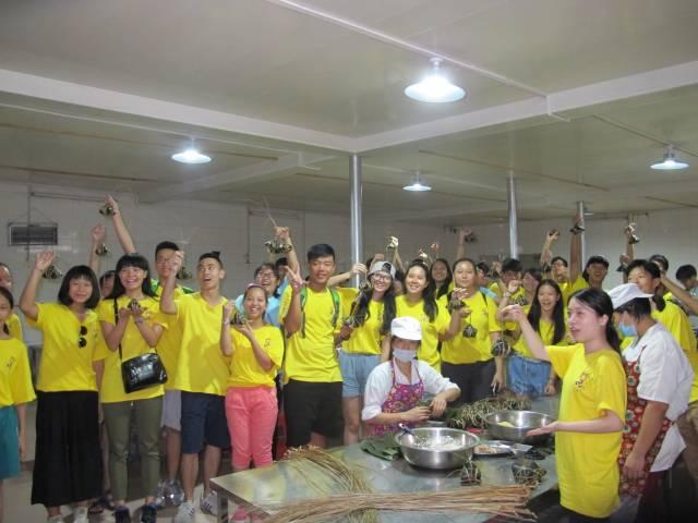 华裔青少年夏令营感受端午文化