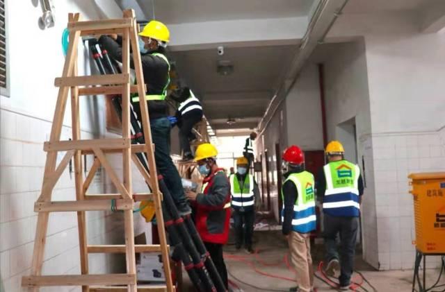 碧桂园党员奋战在防疫医院项目一线
