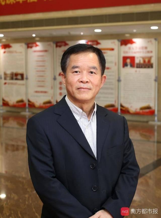 广州市第八人民医院首席专家尹炽标。南都记者 冯宙锋 摄