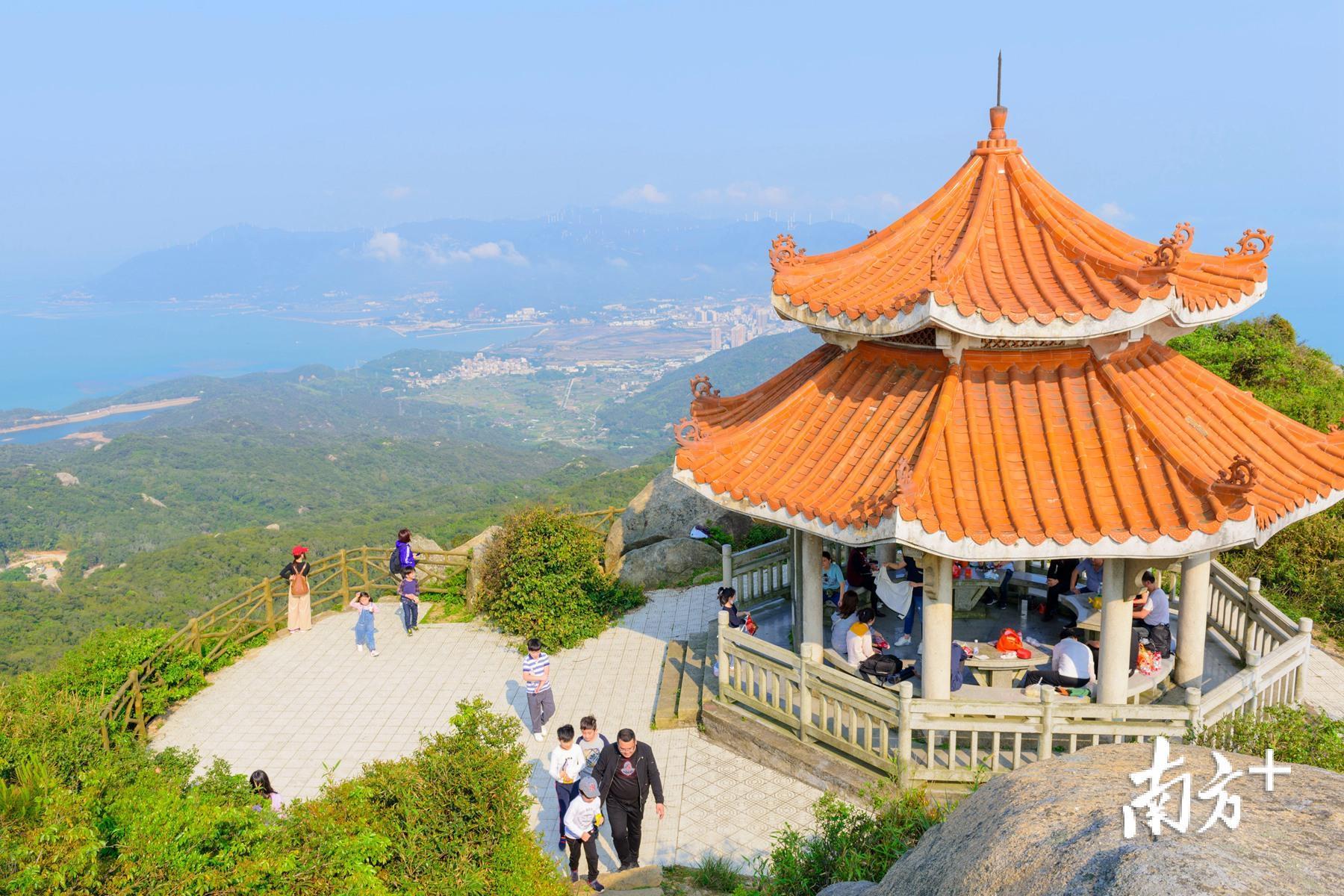 对于游客来说,几个月的居家让人们对大自然更加向往。