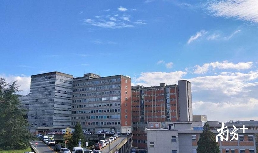 意大利锡耶纳大学医院