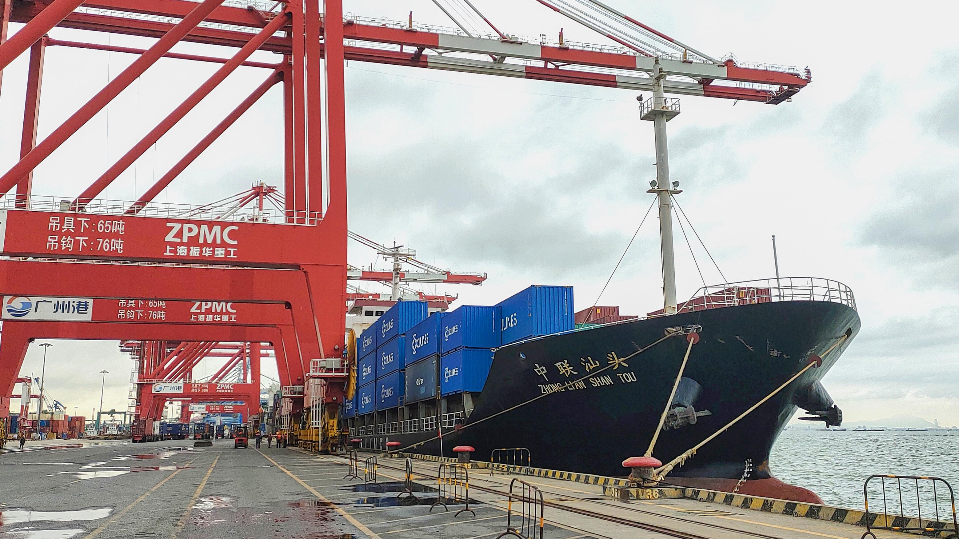 广州港南沙港区再迎新航线。