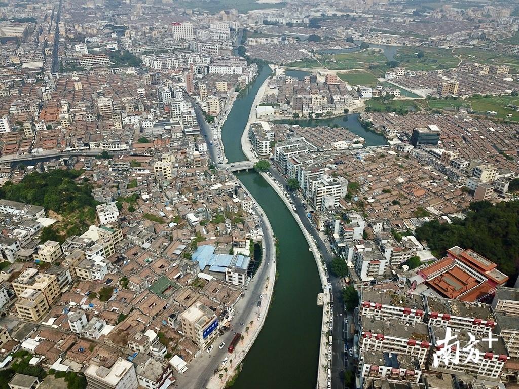 近年来,随着综合整治工作持续推进,练江水质持续变好。