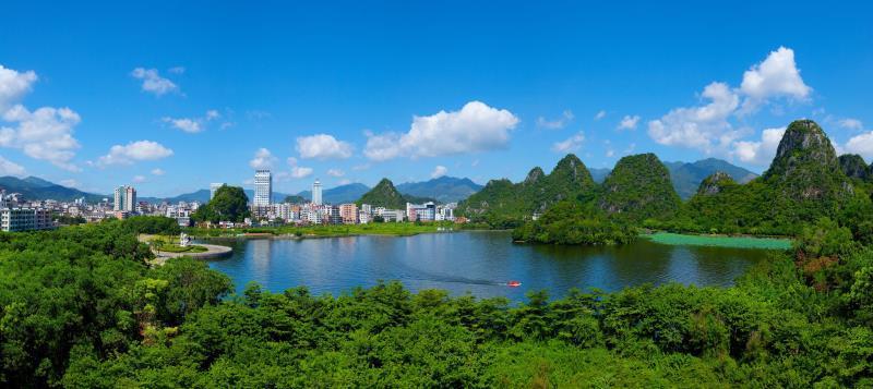 云浮以生态优势融入广州都市圈建设。刘烁 摄