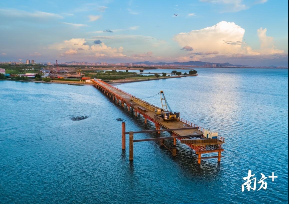 滨海湾大桥项目工地