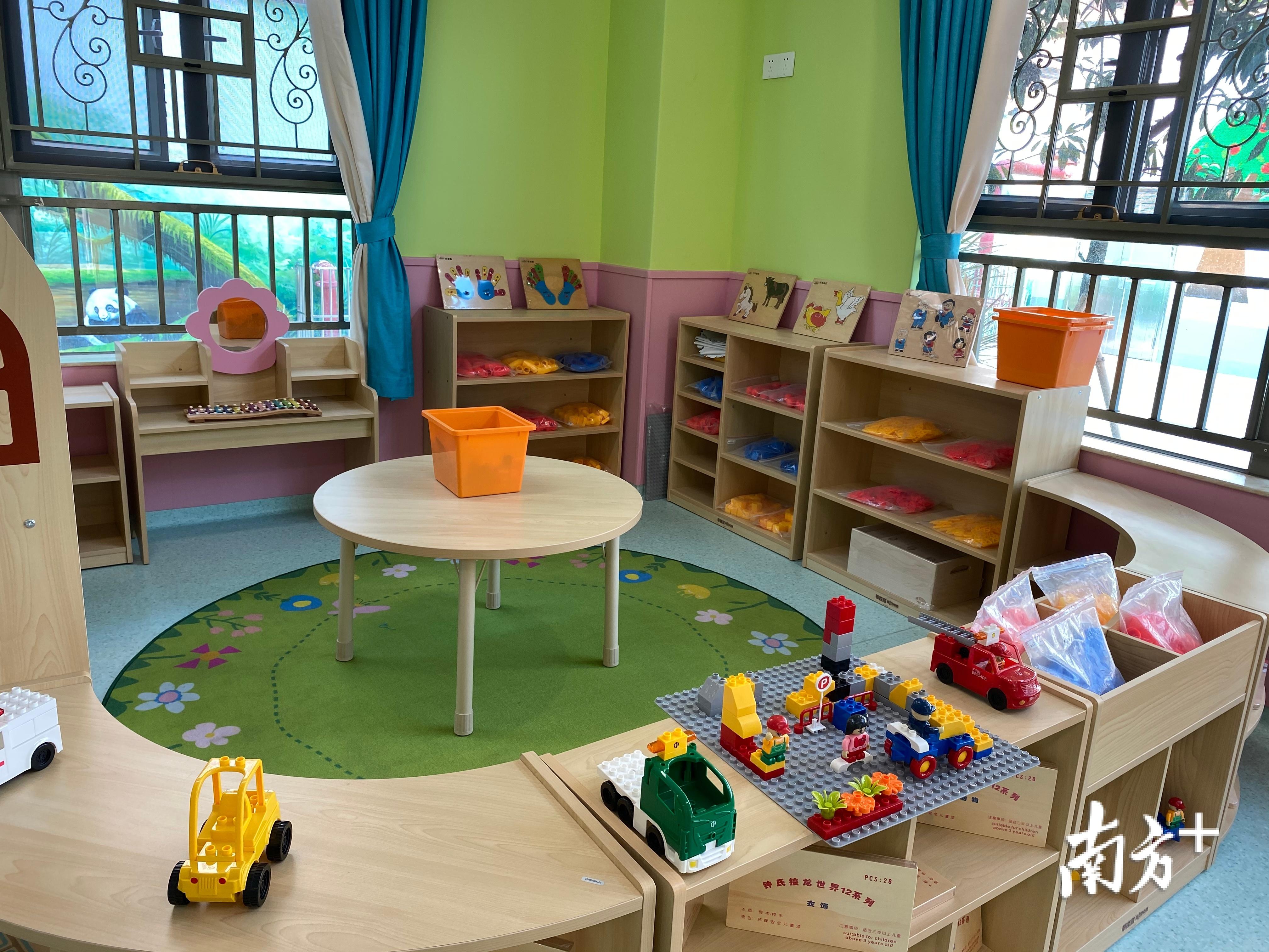民办幼儿园办学质量虽好,但价格偏高。黄烨倩 摄