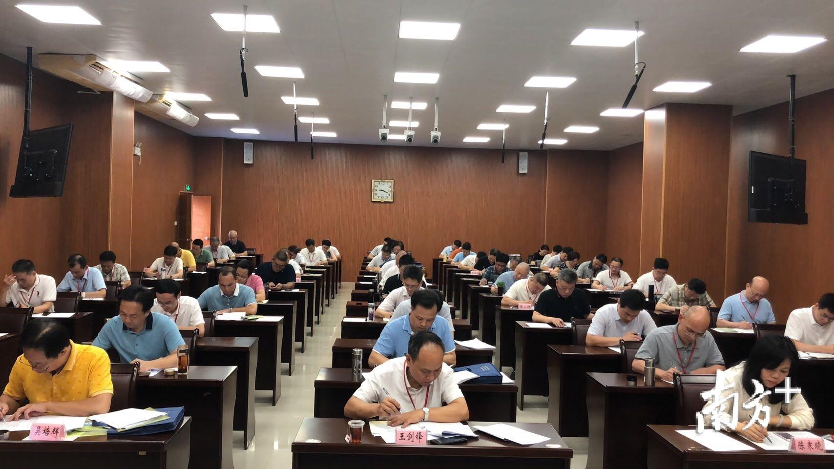 学员考试现场。
