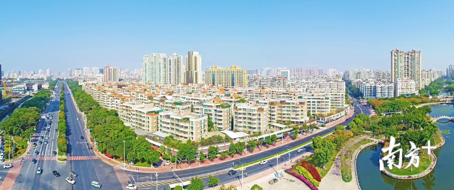 龙湖正致力建设省域副中心城市高质量核心城区。