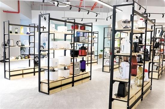 江门电商(数字)产业园内设江门市进出口商品展销中心等区域。
