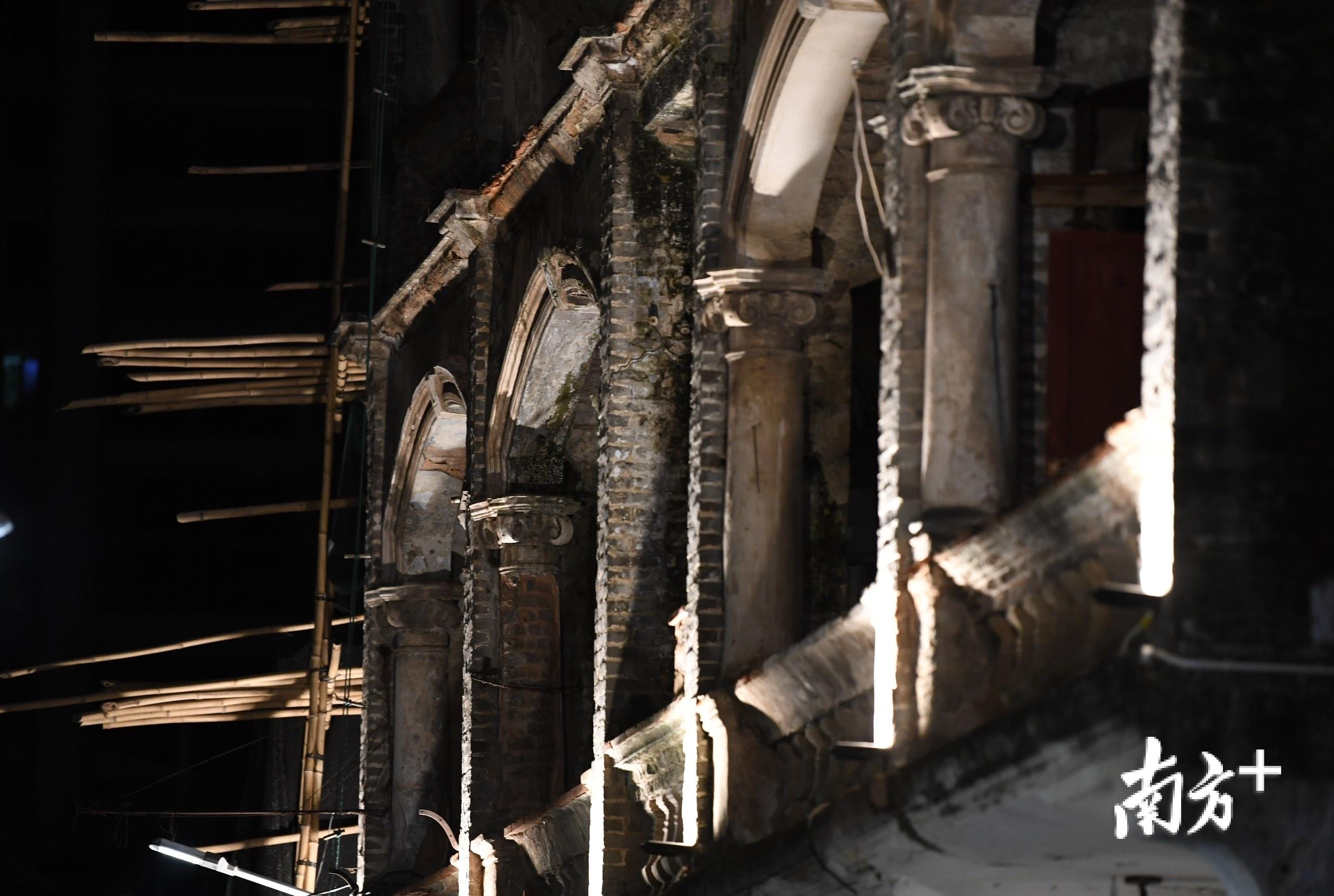 岁月留痕,启明里的修复活化仍在进行中。杨兴乐 摄
