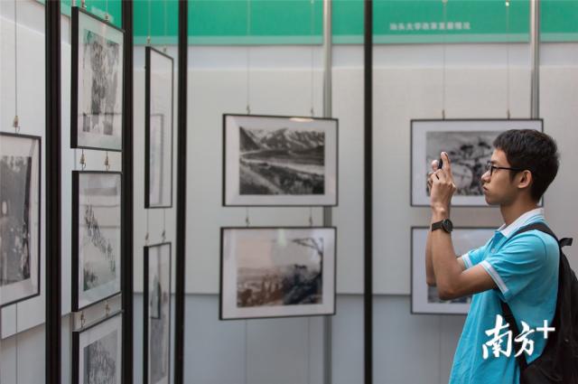 此次公益摄影联展展出了40余张由抗美援朝老兵拍摄、收藏的珍贵历史照片。