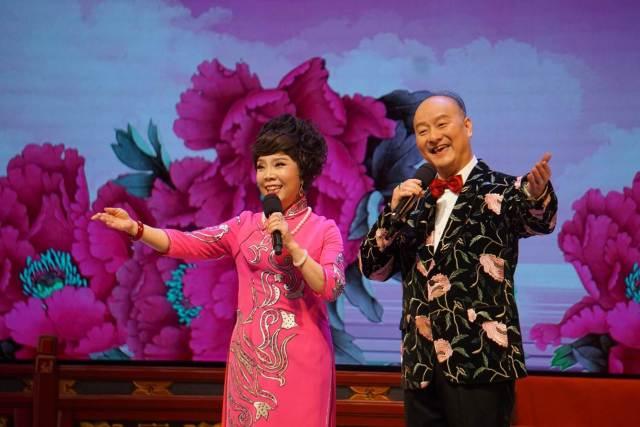 胡智荣与倪惠英对唱《花好月圆》