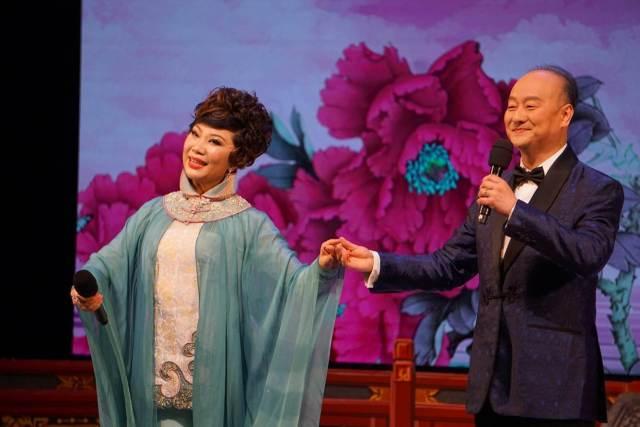 胡智荣与曾慧对唱《汉武帝初会卫夫人》