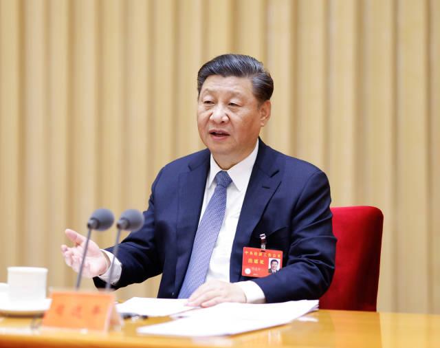 12月16日至18日,中央���工作���h在北京�e行。中共中央����、��家主席、中央�委主席�近平�l表重要�v�。 新�A社�者 �S敬文 �z