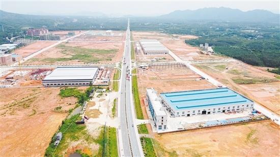 恩平工业园招商引资工作实现新突破,图为恩平工业园大槐集聚区。