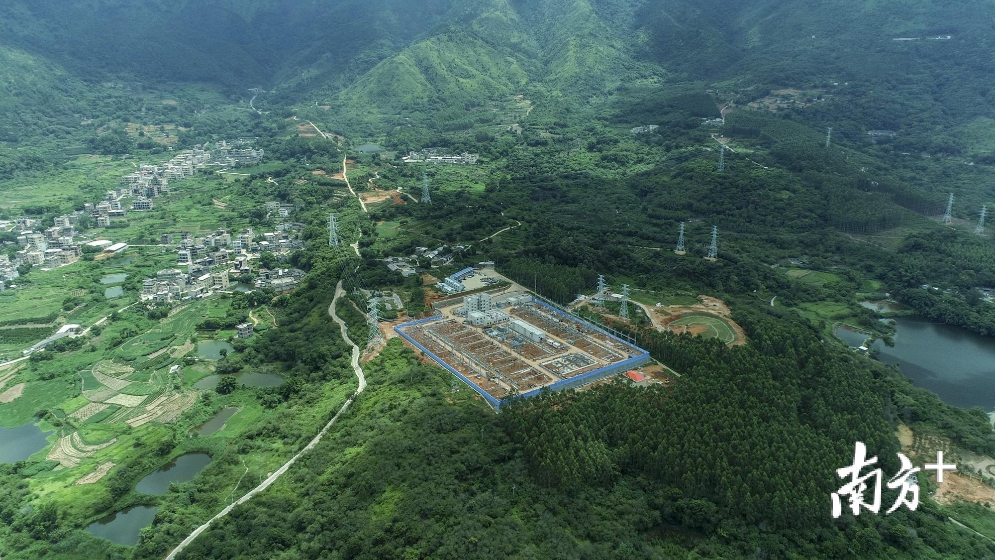 220千伏归湖输变电工程和220千伏坪溪(蓝屋)输变电工程相继竣工投产。受访单位供图