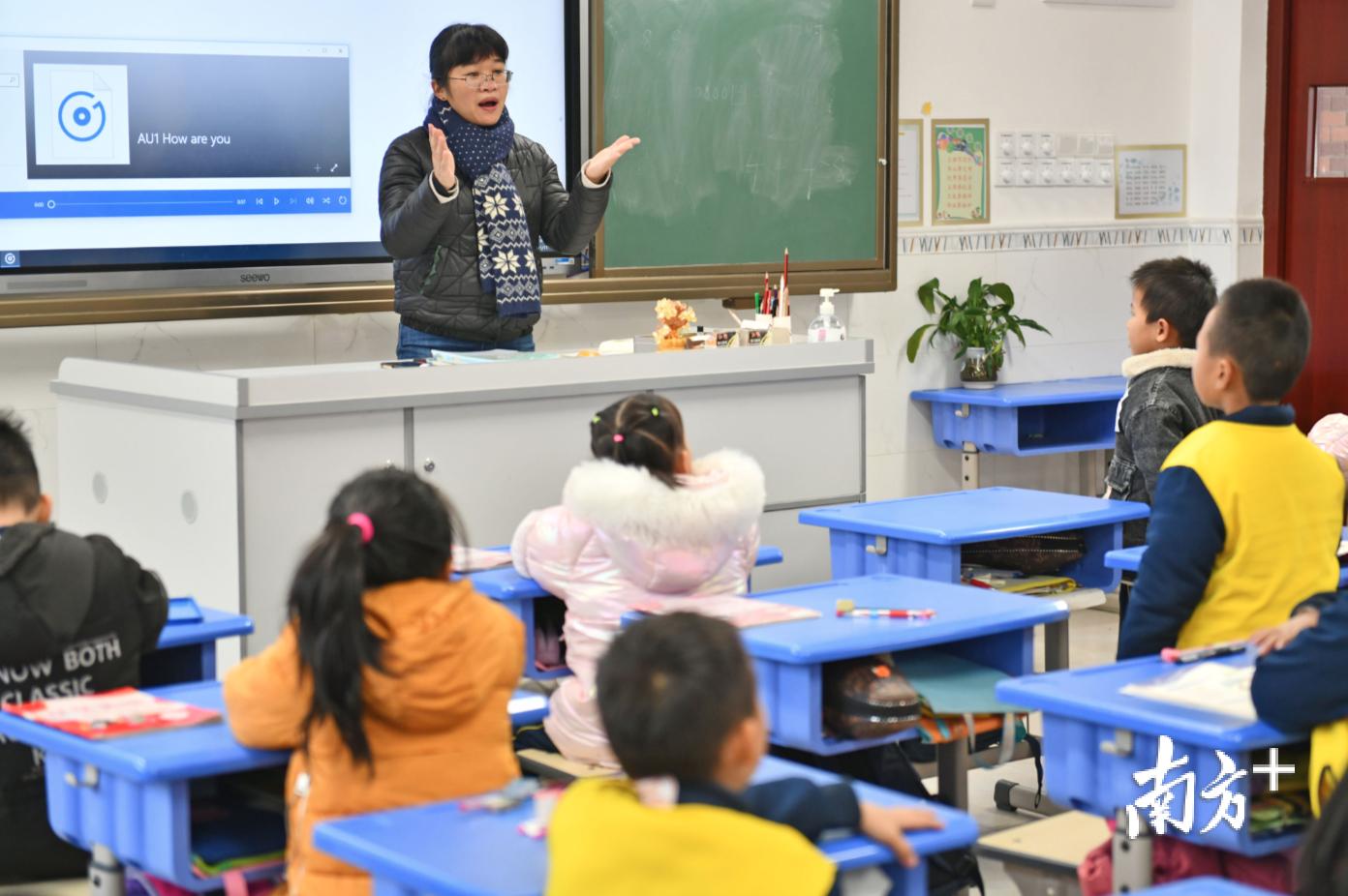 近年禅城区计划新、改、扩建25所学校。