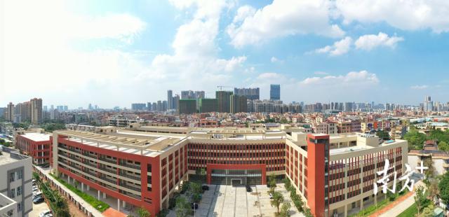 澜石中学新校区。