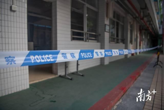 6月6日,广州荔湾金道中学考点设置了多间隔离考场,以备不时之需。南方日报记者 张梓望 肖雄 摄