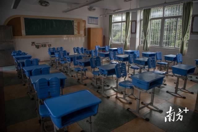 6月6日,广州荔湾金道中学考点,考场已经准备好。南方日报记者 张梓望 肖雄 摄