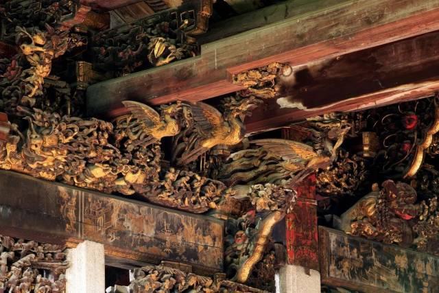 潮州木雕在建筑中大量使用。受访者供图