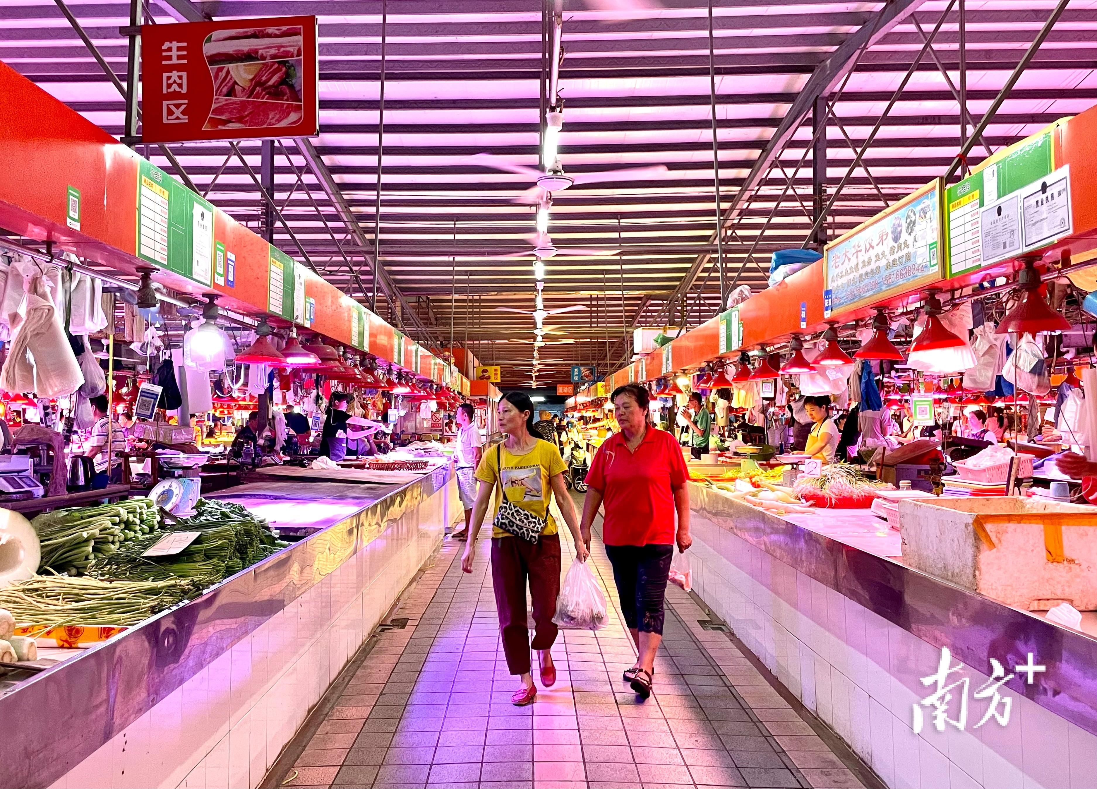 汕头菜市场蝶变。  通讯员/受访者 受访者 供图