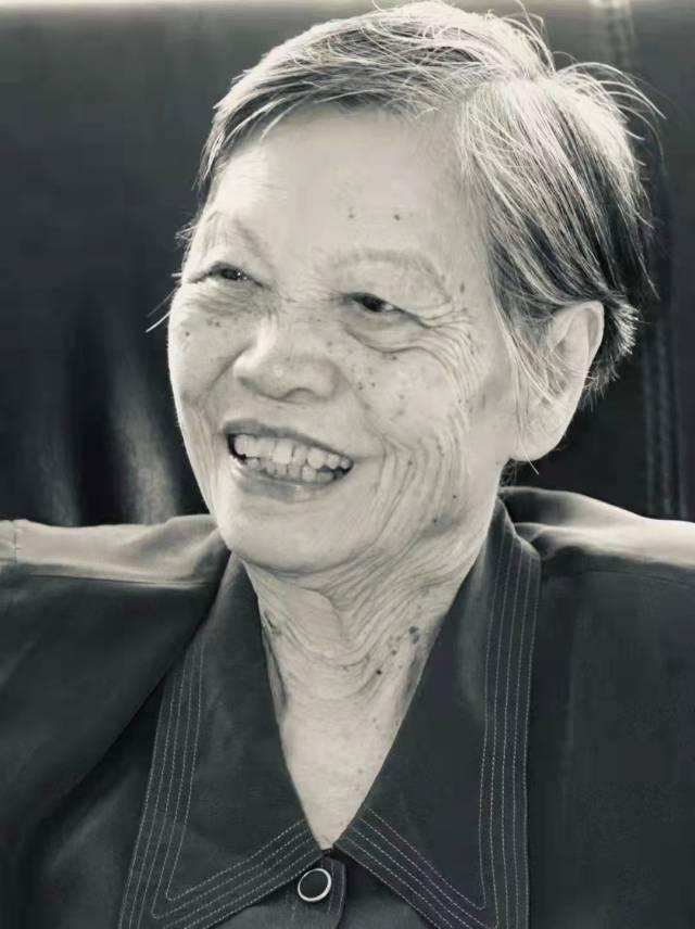 广东省护理学会荣誉理事长、著名护理专家黄爱廉在医院因病逝世。